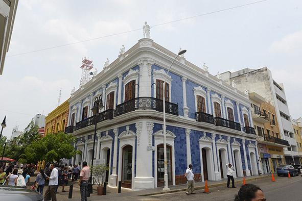 Preserva tabasco legado hist rico y cultural portal tabasco for Casa de los azulejos centro historico